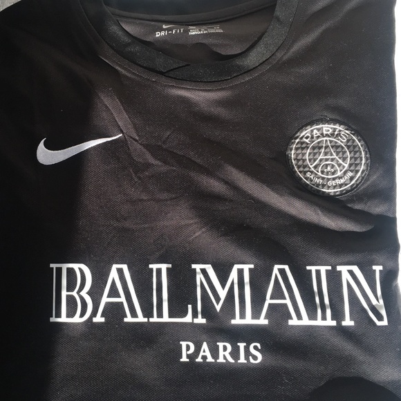 newest 51c60 829d1 Nike Paris Saint-Germain Custom Balmain PSG Jersey